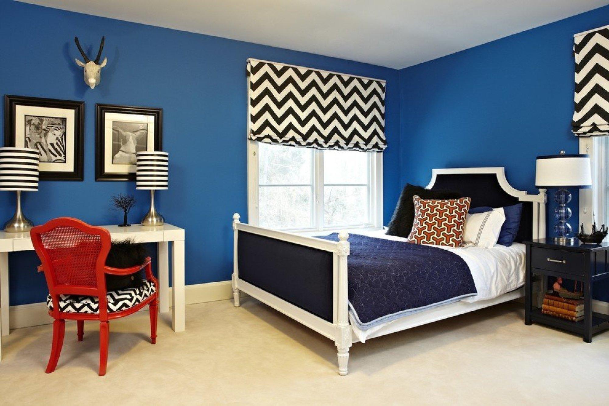 Класически син цвят в интериора